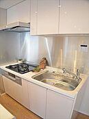 ビルトイン浄水器付きキッチン