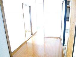 廊下1階の廊下...
