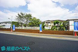 小金井市緑町1丁目の土地。全8区画です。全区画30坪以上。土地を広く有効活用できる整形地です。