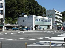 銀行(株)横浜...