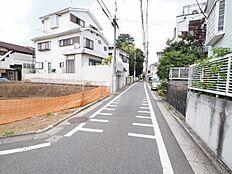 前面道路を含む現地土地写真