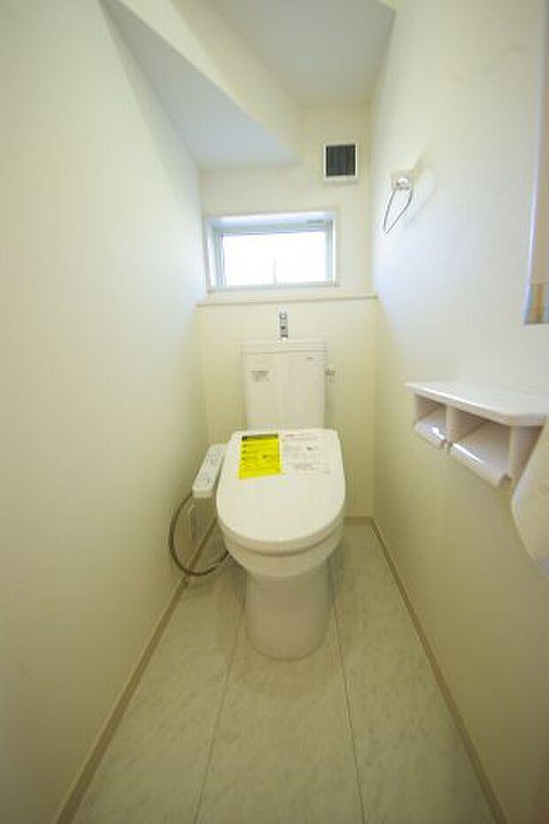 温水洗浄機能付き♪ 同社施工物件になります。完成物件と異なる場合がございます。