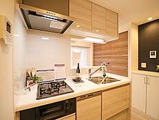食洗機付きシステムキッチンでいつもの家事を時短出来ます