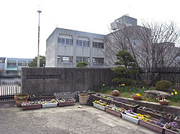 生駒東小学校