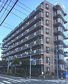 8階建ての7階部分、角部屋です。