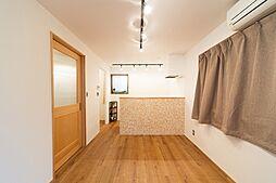 三軒茶屋二丁目 戸建て 2DKの居間