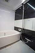 リフォームで新規交換済のバスルーム
