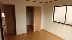 2階7帖洋室の...