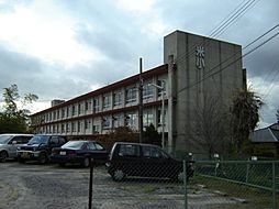 米津小学校