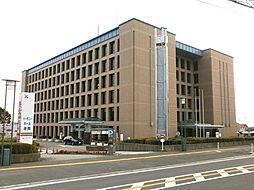 座間市役所