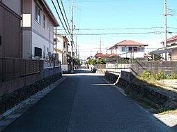 南東側道路