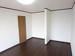 1階9帖の洋室...