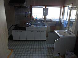 キッチンは新品...