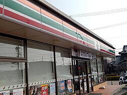 コンビニエンスストアセブン−イレブン弥富平島中店まで883m