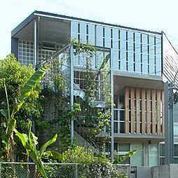 Y House[3階]の外観