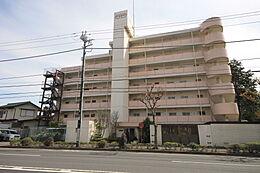 7階建ての建物です。