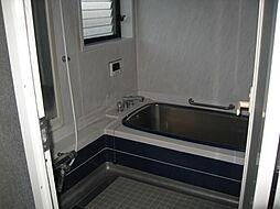 2F 浴室