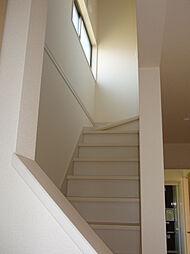 玄関からの階段