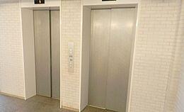 室内床暖房付、二重床天井ミストサウナがあります