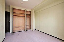収納付き7.7帖 洋室(9階)