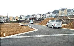 現地写真です。建築条件無しの土地なので、お好きなハウスメーカーさんで建築できます。
