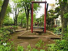周辺環境:中央緑地公園