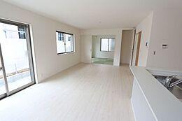 和室と合わせると22.5帖の大空間