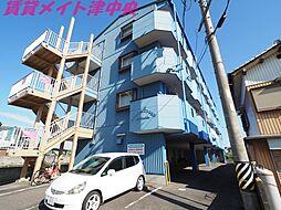 三重県津市大里窪田町の賃貸マンションの外観