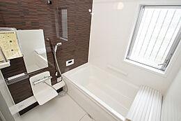 半身入浴大型浴槽・カラット床