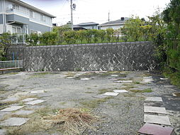 敷地の東側。