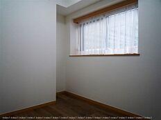 洋室2室ございます