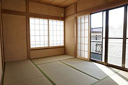 2階6帖の和室...