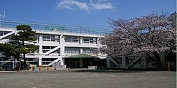 世田谷小学校