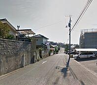 前面道路7.5m幅です。