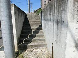 宅盤への階段