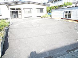 外観駐車は4台...
