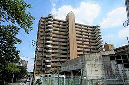 総戸数112戸の大規模マンションです。修繕管理も行き届いております。
