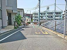 南側前面道路(5m)