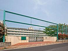 小学校まで490m、舎人第一小学校