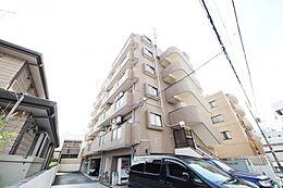 JR八王子駅から徒歩13分、京王八王子駅から徒歩15分と徒歩圏内です