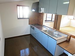 2階キッチンも...
