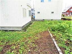 裏庭のスペース...