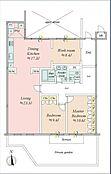 専有面積が約161平方メートルのゆったりとしたつくりの2LDKです。約8.4帖のワークルームもあります。約43.0平方メートルの専用庭付きです。