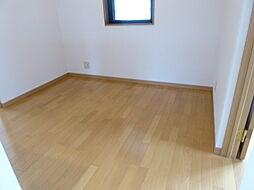 2階に洋室が4...