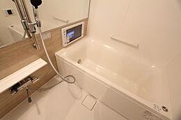 1418サイズ浴室にTVあり