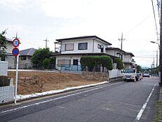 鶴川平和台旧分譲地内の閑静な住環境