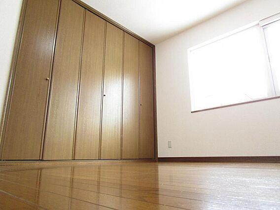 1階6帖洋室床...