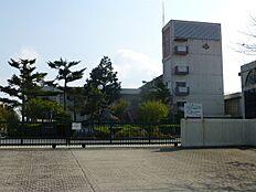 中学校小野中学校まで1201m