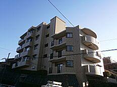 京王高尾線「山田」駅、徒歩約10分の立地で通勤・通学に大変便利