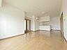 居間,2LDK,面積73.08m2,賃料9.5万円,JR常磐線 水戸駅 徒歩10分,,茨城県水戸市中央1丁目1番地